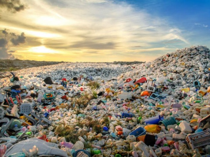 War on Plastic (May '19)